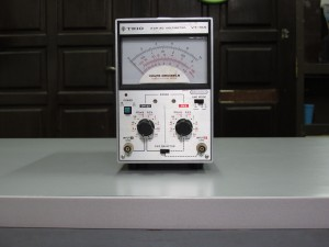 2 channel ac volt meter trio VT-165