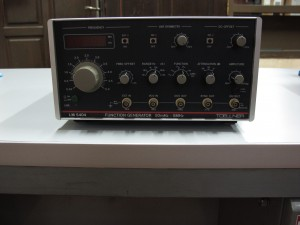 Function Generator Tcellner LM5404