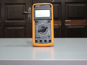 Multimeter Excel DT9205A
